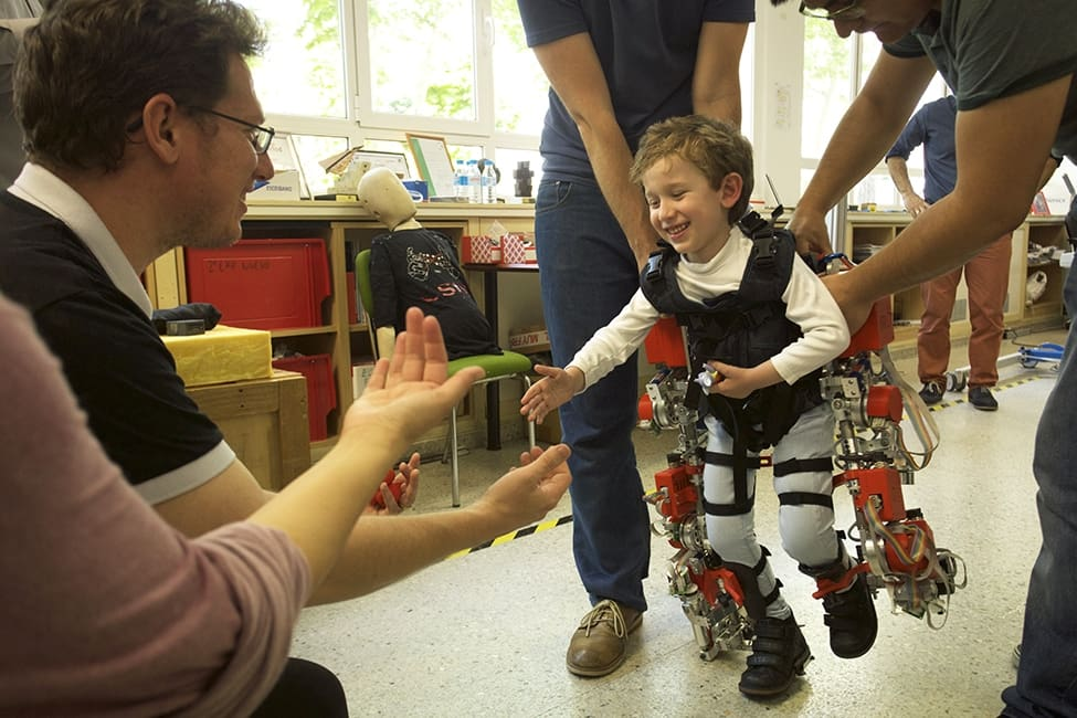 Sant Joan de Déu participates in the design of an exoskeleton for children with muscle atrophy