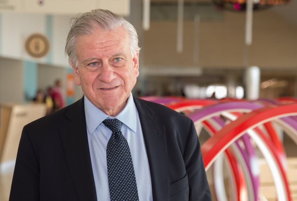 Cardiologist Valentin Fuster during his visit to SJD Barcelona Children's Hospital